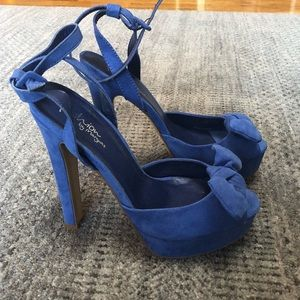 Shoes - Sexy blue suede shoes!